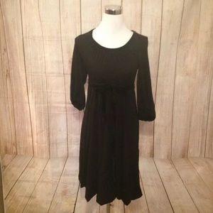 $125 Boden Women's Black Scoop Neck Dress